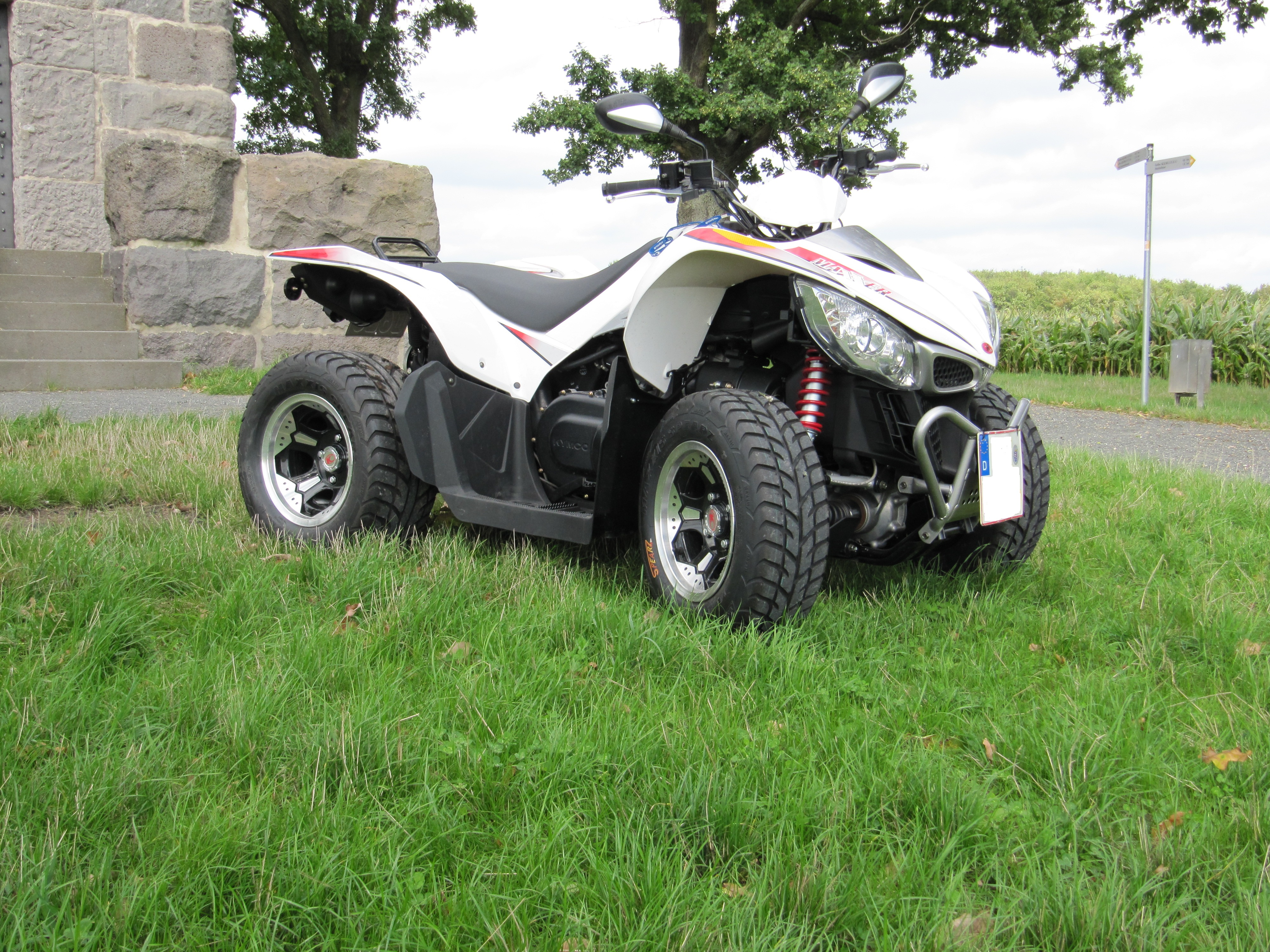 Kymco Maxxer 450i – Supermotoumbau